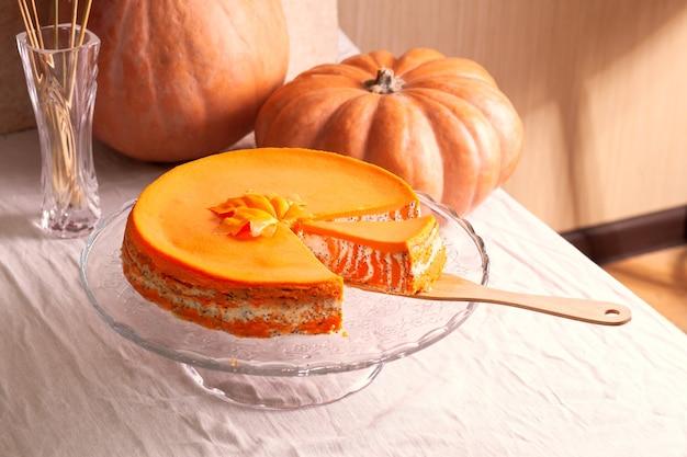 Домашняя запеканка из творога и тыквы в полоску с маком и апельсином, кусочками и тыквами