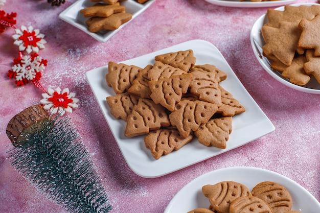 Deliziosi biscotti di panpepato fatti in casa. Foto Gratuite