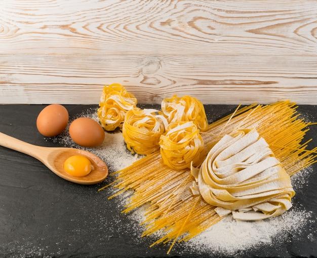 Приготовление домашней яичной пасты