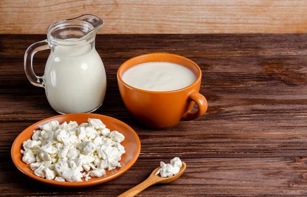 自家製発酵乳製品-ケフィア、カッテージチーズ