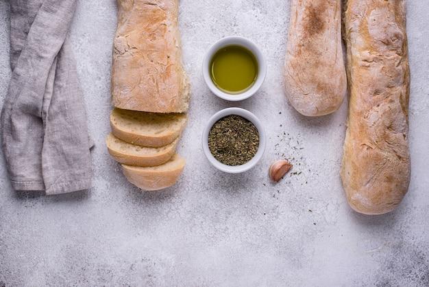 Домашние французские багеты с оливковым маслом