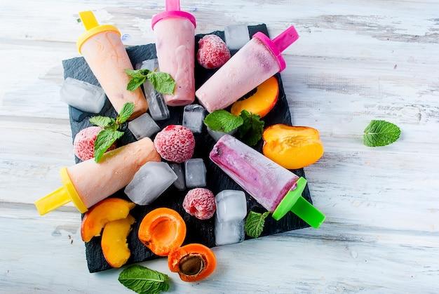 Домашнее мороженое из сезонных ягод