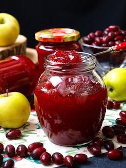 ハナミズキとリンゴの自家製ジャム