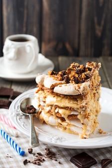 Домашний слоеный пирог и безе