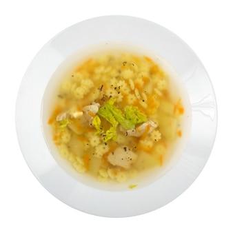 흰색 절연 닭고기와 함께 만든 국수 수프