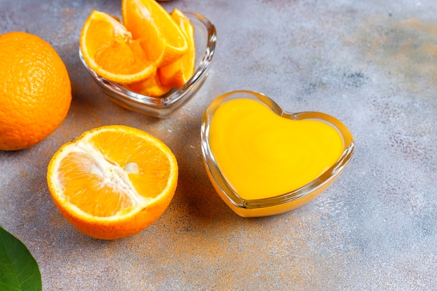 Домашний апельсиновый творог с сочными апельсинами.
