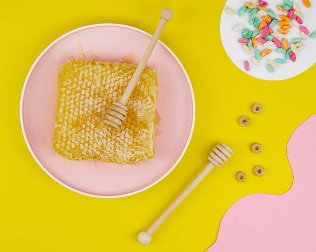 Honeycomb with sprinkles flat lay