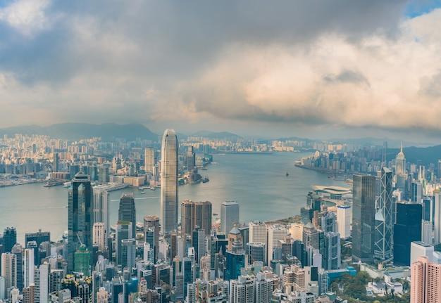 빅토리아 피크 꼭대기에서 홍콩 도시.