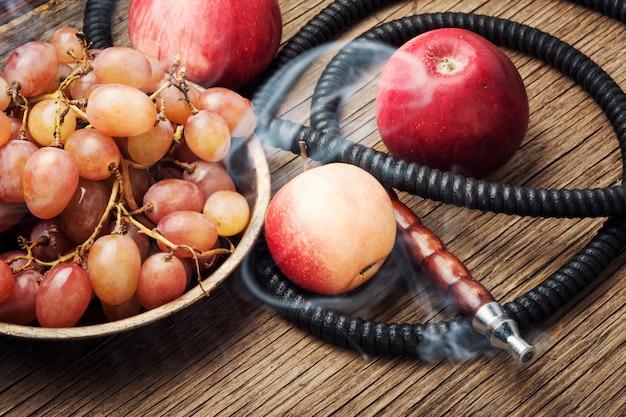 香りブドウと水ギセル