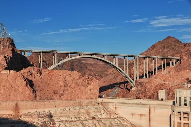 Hoover dam in nevada desert, usa