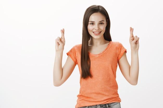희망과 희망의 아름다운 소녀기도, 십자 손가락 행운, 소원 만들기