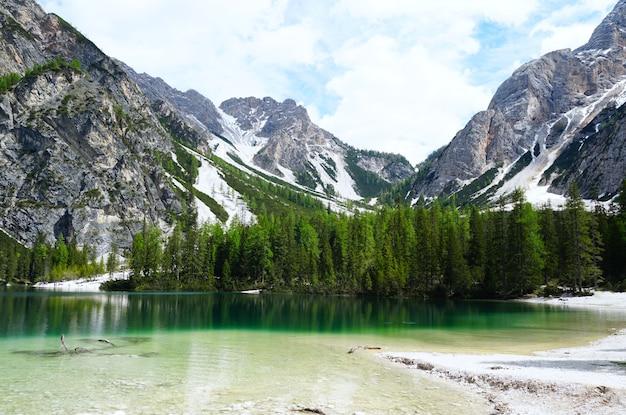 Horizontal shot of the prags lake