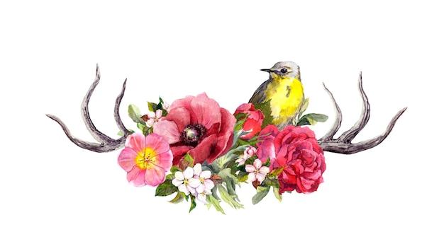 花と鳥と鹿の動物の角。ヴィンテージスタイルの水彩画