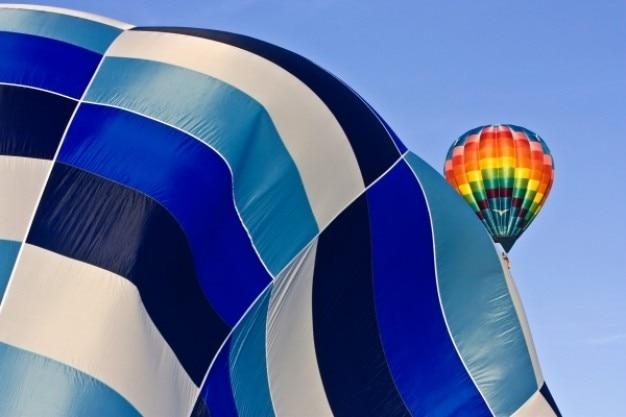 Hot air balloon liftoff
