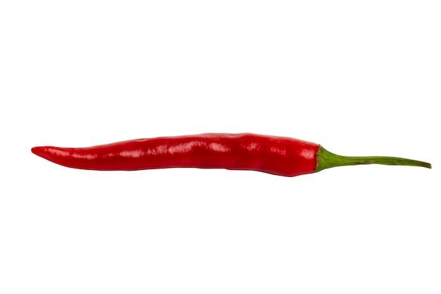 ホットレッドチリペッパー。本質的にviatmins。メキシコ料理の伝統的な製品。白い背景で隔離。閉じる。