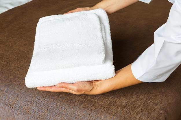 ホテルの部屋の清掃サービス