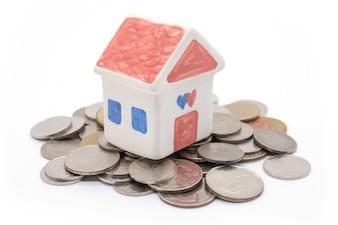 家と白金のコイン