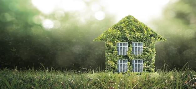 저기 공간 모델 하우스. 홈 에코 및 부동산 개념