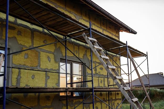 Утепление дома плитами минеральной ваты. утепление внутренних стен минеральной ватой.