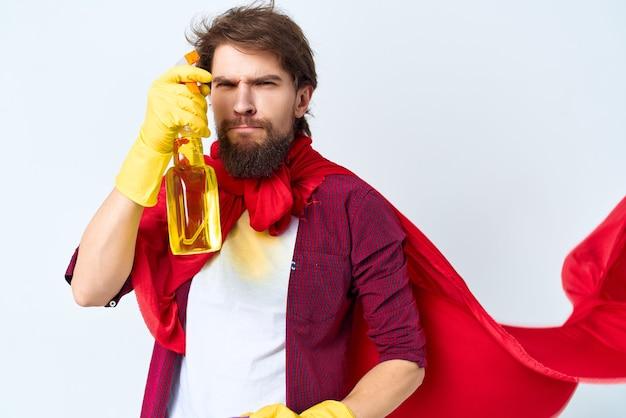 Домработница красный плащ чистка гигиена профессиональный образ жизни