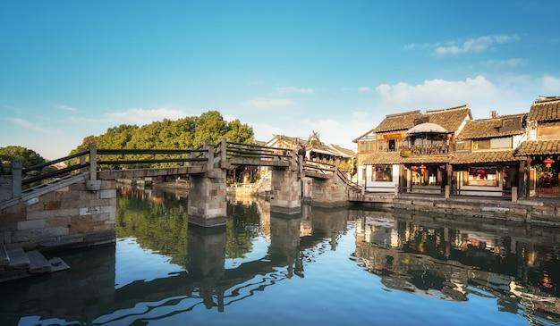 Дома и реки в древнем городе ситан
