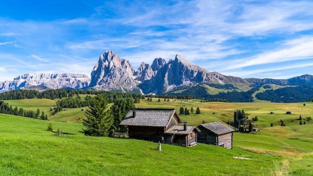 Houses near the mountains