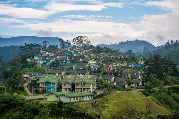 Housing scheme over thalawakele reservoir