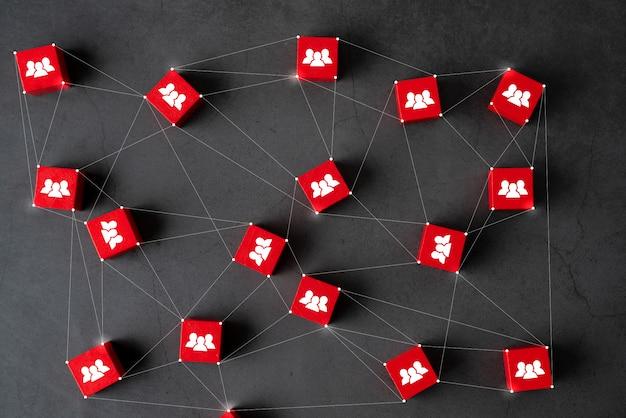 Бизнес & hr головоломка куб с рукой