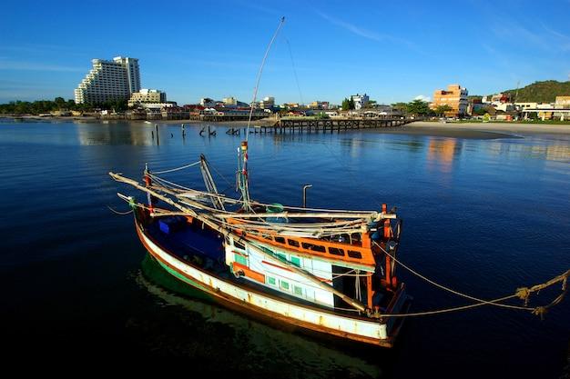 Huahin、タイの釣り船