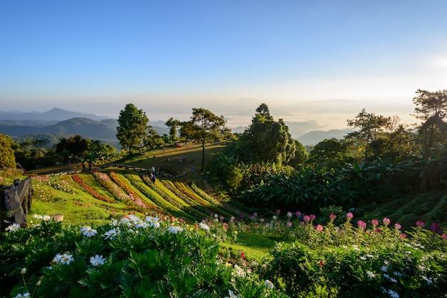 チェンマイ、タイのhuay nam dang国立公園