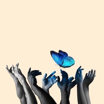 파스텔 노란색 배경에 아름다운 푸른 나비를 잡는 인간의 손. 광고, 텍스트를 위한 공간을 복사합니다. 현대적인 디자인. 개념적, 현대적인 밝은 아트콜라주. 레트로 스타일, 초현실주의, 유행.