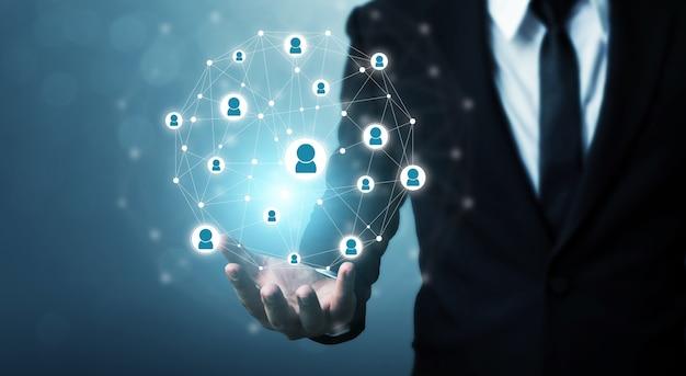 Бизнес-концепция управления человеческими ресурсами и найма