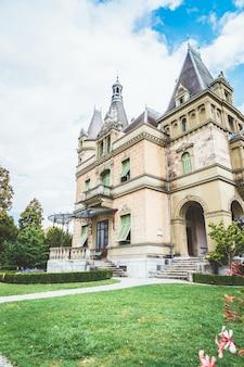 Исторический музей замка Hunegg в Швейцарии
