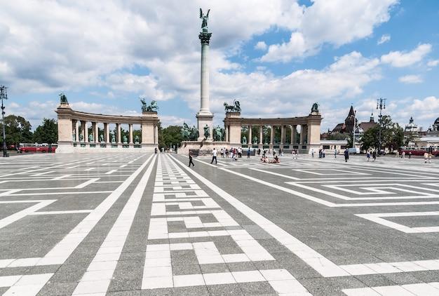 Венгрия площадь героев будабест дунай
