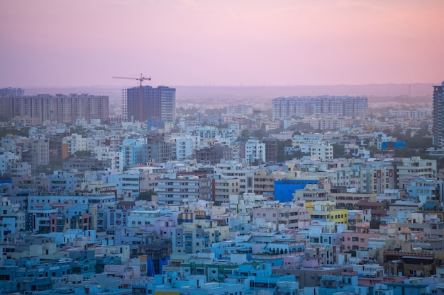 Здания и горизонт города хайдарабад в индии