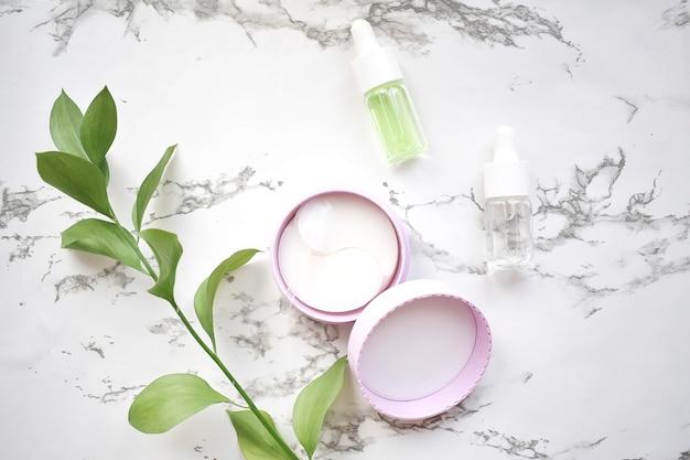 Гидрогелевая повязка для глаз с маслом ши, питающая и смягчающая кожу вокруг глаз