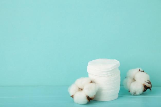 위생적인 일회용품 화장품 패드 및 면화