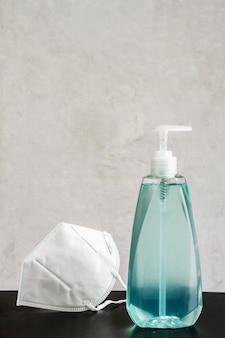 Gel idroalcolico igienico in bottiglia