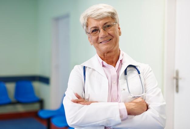 私は毎日より良い医者になるように努めています