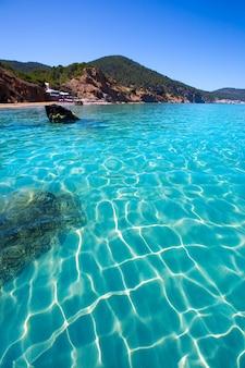 Ibiza aigues blanques пляж агуас бланкас в санта-эулалии