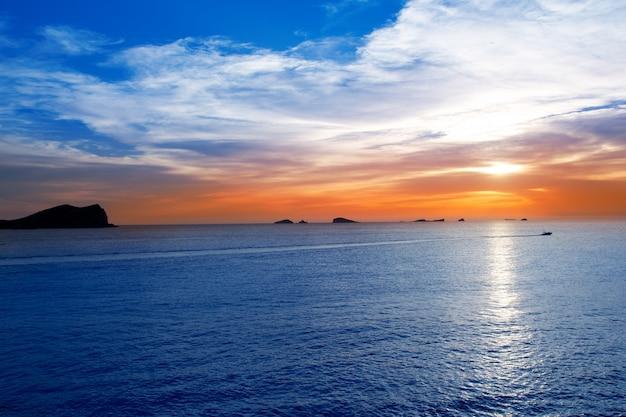 Ibiza cala conta conmte sunset