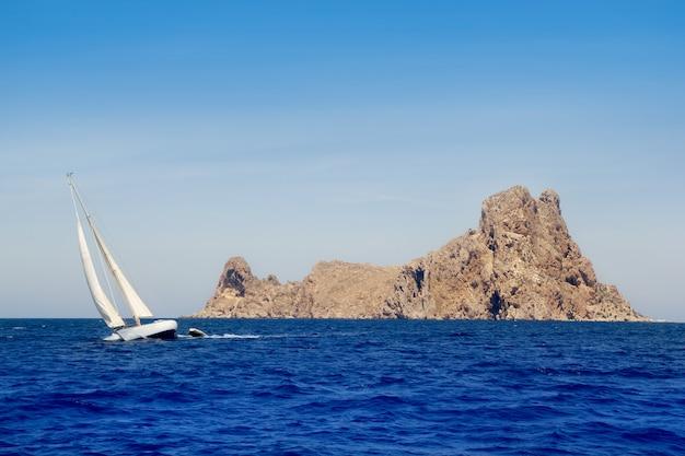 Ibiza sailboat in es vedra island
