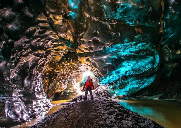 アイスランド、vatnajokullのアイス・ケイブ