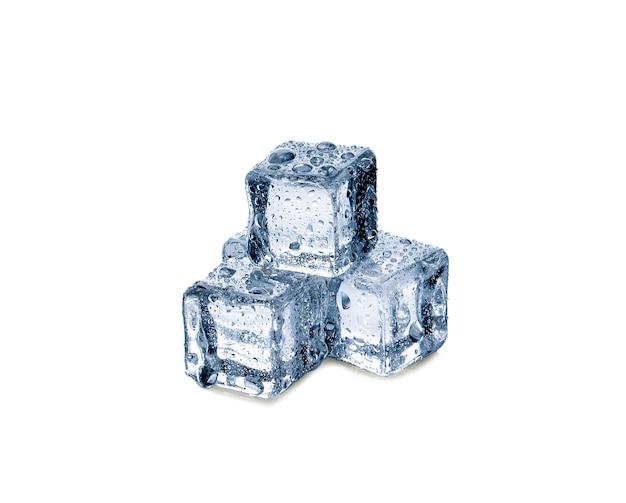 흰색 바탕에 얼음 조각