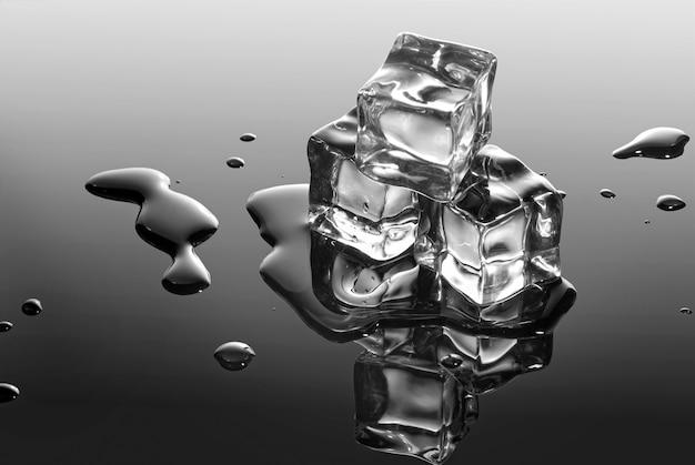Кубики льда с каплями воды
