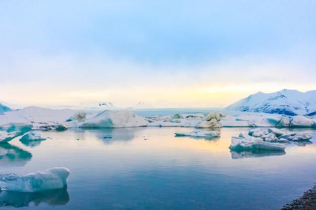 빙하 라군, 아이슬란드의 빙산.