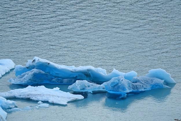Icebergs of perito moreno glacier floating in the lake argentino, patagonia, argentina