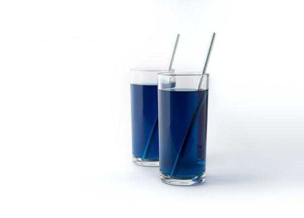 아이스 블루 나비 완두콩 음료. 안경에 건강 한 태국 전통 칵테일