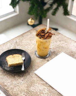 Iced coffee and cake