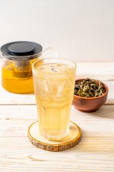 Iced jasmine tea Premium Photo